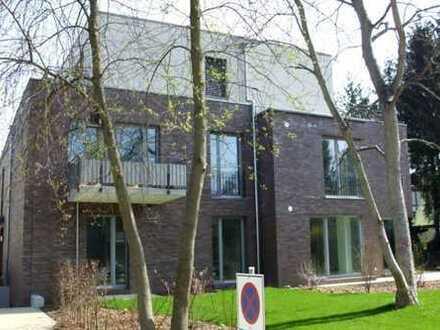 Lankwitz: 1a Top Moderne 4-Zi.-Komfort-Whg. in Stadtvilla, 138 m², Terrasse
