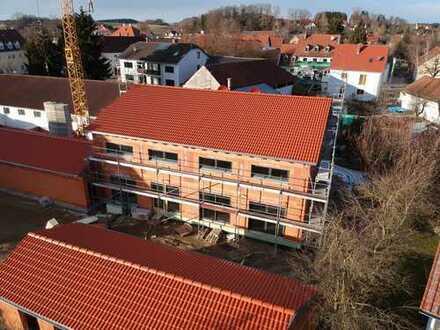 Schöne Neubau-Doppelhaushälfte mit Terrasse und Garten, Kirchdorf, Ortsrand Süd, Erstbezug