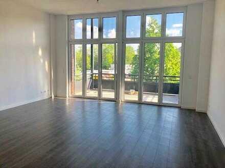 Neuwertige 4-Raum-Wohnung mit Balkon in Bernau-Barnim (Kreis)