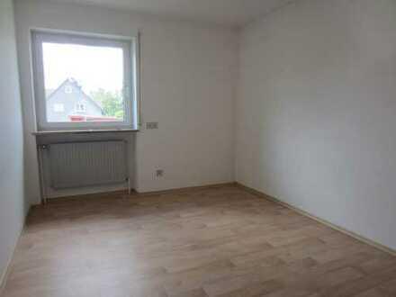 Schöne vier Zimmer Wohnung in Neustadt a.d. Waldnaab (Kreis), Weiherhammer