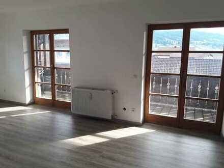 Erstbezug nach Sanierung: attraktive 3-Zimmer-Wohnung mit Balkon in Nesselwang