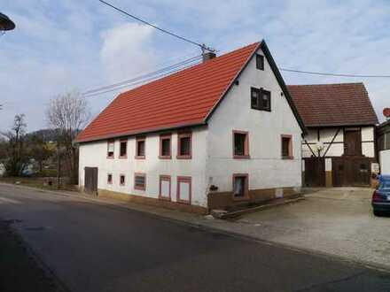 Wohnen mit Charme! -Haus mit Scheune für Handwerker-