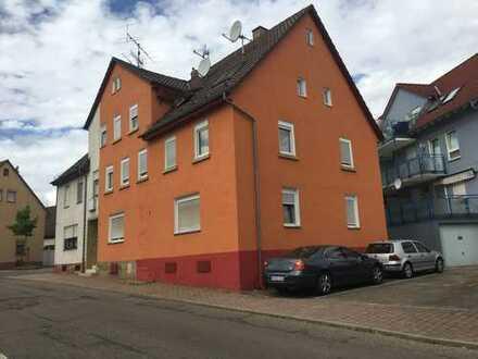 Schönes Haus mit 12 - Zimmern in Heilbronn (Kreis), Brackenheim