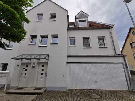 Erstbezug nach Sanierung: schöne 3-Zimmer-Wohnung mit Balkon in Erlangen