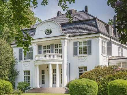Repräsentative Villa in Adresslage
