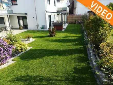 Großzügige neuwertige Wohnung (DHH Charakter) mit großem Garten, Kamin und Doppelgarage