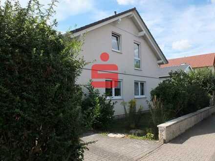 Großzügiges Einfamilienhaus in Grolsheim