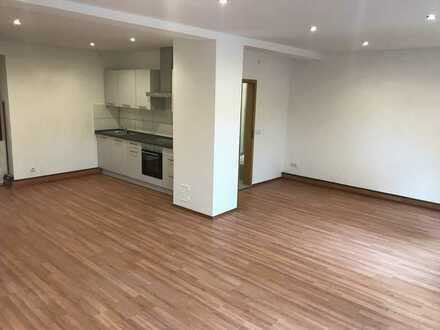 KL - Rodenbach, 1 Zimmer Appartement, Einbauküche, Stellplatz, Tageslichtbad