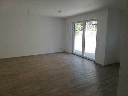 Moderne und großzügig geschnittene 3-Zimmer-Neubau-Wohnung (WE 1) in Bad Dürkheim zu vermieten!