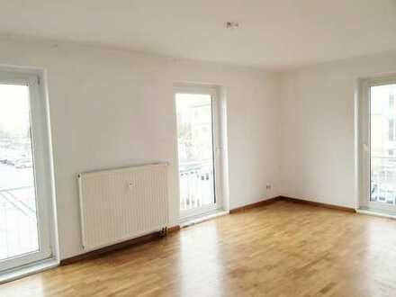 3-Zimmer Wohnung mit Balkon, Neubau, 1. OG: verkehrsgünstig, sonnig, ruhig