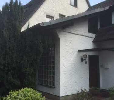 Gepflegte 4-Zimmer-Maisonette-Wohnung mit großer Terasse und EBK in Recklinghausen-Nord