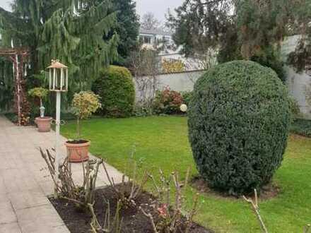 Idyllisches, gemütliches Einfamilienhaus mit Garten in gefragter Wohnlage Weinheim-West