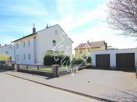 Schönes Zweifamilienhaus in ruhiger Wohnlage