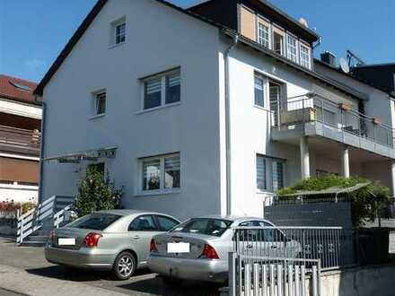 Helle Maisonette-Wohnung mit großem Balkon in Nidderau-Eichen