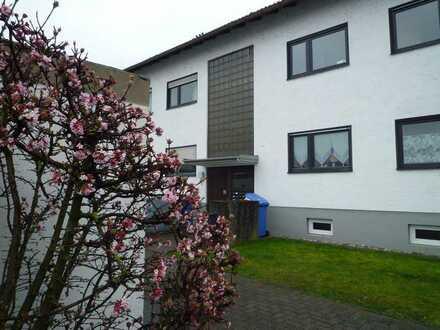 Ansprechende 4-Zimmer-Maisonette-Wohnung / Home Office im Dachstudio in Mainaschaff