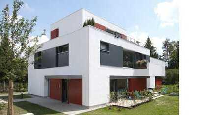 Traumhafte DG Maisonettwohnung im Architektenhaus im Grünen