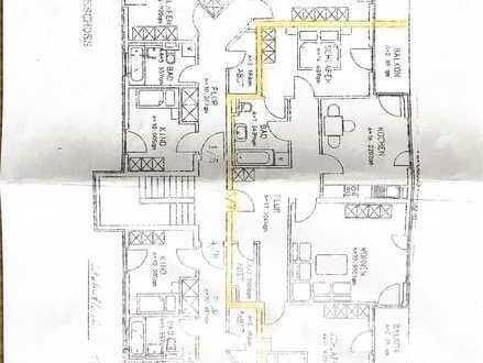 Erschwingliche und gepflegte Wohnung mit drei Zimmern und Balkon in Rotthalmünster