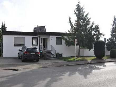 Modernes schönes Haus, mit Garten in ruhiger Wohnlage