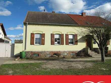 Kleine Doppelhaushälfte in Parchau!