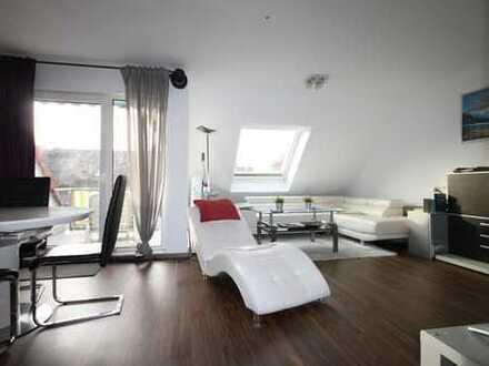 Geschmackvolle 3-Raum-Maisonette-Wohnung mit Balkon und EBK in Kriftel