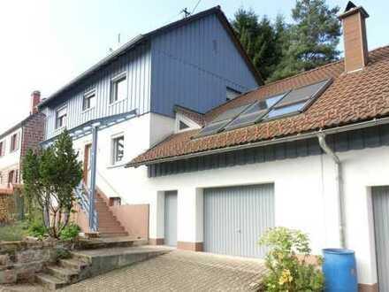 Klassisches Landhaus mit 2 Ferienwohnungen im Herzen des Pfälzer Waldes