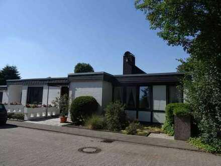 Stockum: Freistehendes 1-2 Familienhaus in bester, ruhiger Grünlage direkt am Nordpark