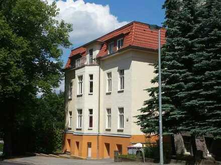 1-Raum Wohnung im Villenviertel