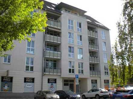 4-Raum-Whg. mit Gäste-WC und Balkon