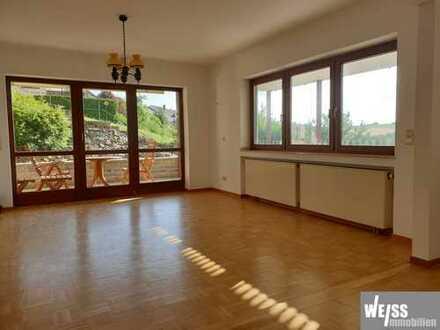 +++RUHE-POL+++ gepflegte 2 Zimmerwhg. mit Terrasse