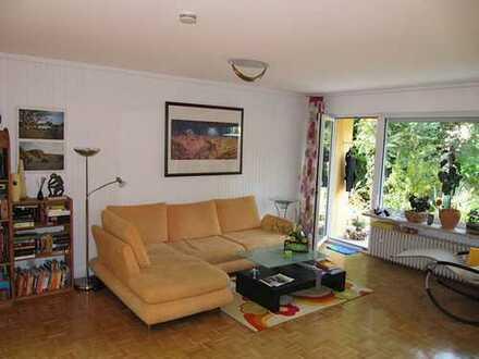 Schöne und ruhige 3 Zi-EG-Whg mit Terrasse, 104 qm, Niedrige Nebenkosten durch Fasssadendämmung