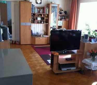 Sonnige 3 Zimmer Wohnung in Zweifamilienhaus zu vermieten
