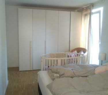 DHH in Kleinmachnow mit fünf/sechs Zimmern zu vermieten + Keller