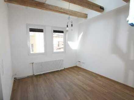 Objekt für Studenten ! Helles 1 Zimmer - Appartement m. ca. 30,3 m² Wfl. in 75172 Pforzheim West.