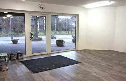 Verkaufsfläche, Büro- oder Praxisräume in zentraler Lage zu vermieten