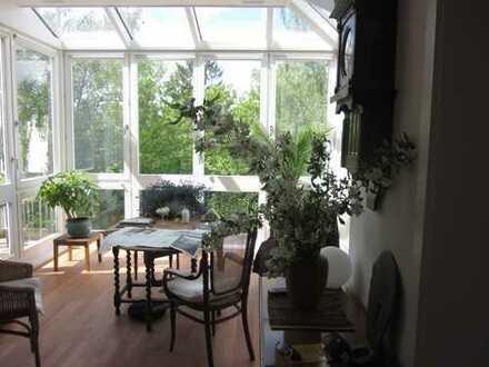 Ruhiges Wohnen in wunderschöner, heller modernisierter Altbauwohnung im Dobbenviertel mit 2 Loggien