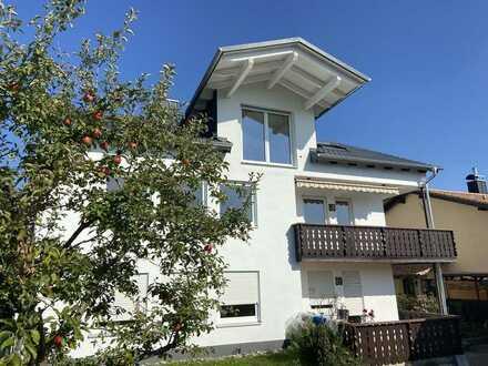 Erstbezug: exklusive 2-Zimmer-DG Wohnung mit sonnigem, überdachten Westbalkon in Fraunberg