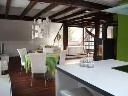 Gemütliche 4 Zimmer Galeriewohnung, hell, ruhig mit schönem Vogelgezwitscher