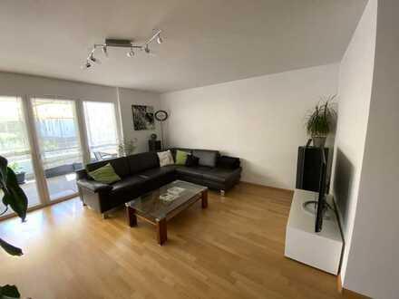 3-Zimmer-Wohnung mit Süd-Balkon und Nord-Terasse mit Garten inkl. EBK