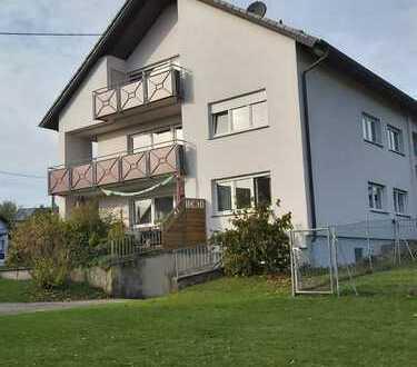 4,5 Zimmerwohnung mit Balkon und Garage