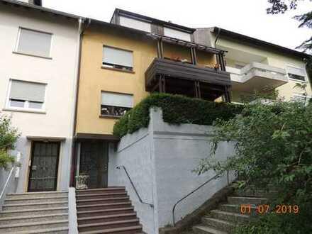 Ruhige, schöne drei Zimmer Dachwohnung - Pforzheim Südoststadt