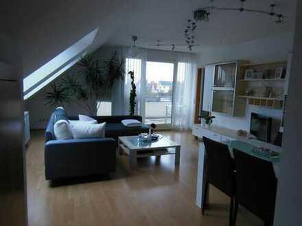 Stilvolle, gepflegte 3,5-Zimmer-DG-Wohnung mit Balkon und Einbauküche in Spaichingen