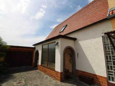 Doppelhaushälfte mit Terrasse und Garten in Maxdorf