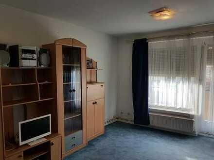 Gepflegte 2-Zimmer-Wohnung, komplett Möbeliert in Frankfurt am Main