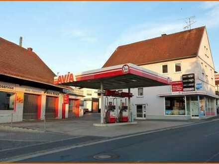 2 Familienwohnhaus mit Tankstelle, Tankstellenshop, KFZ-Werkstatt und Waschanlage