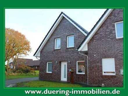 Doppelhaushälfte in sehr zentraler Siedlungslage!
