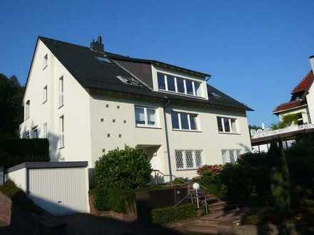 Ruhige Lage nahe Bürgerpark - 3,5-Raum-Wohnung mit Ankleidezimmer, Terrasse und Einbauküche
