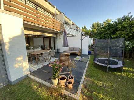 Willkommen in Ihrem neuen Zuhause! Saniertes und modern gestaltetes Reiheneckhaus in Willich-Neersen