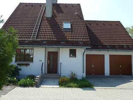 Schönes Einfamilienhaus in ruhiger und zentraler Lage