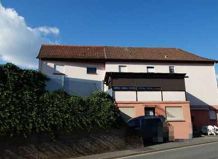 Mehrfamilienhaus mit 4 WE zentral in Bad König
