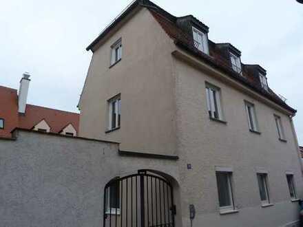 7-er WG im renovierten Haus, Friedberger Altstadt